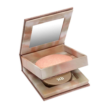 Naked Illuminated Shimmering Powder For Face And Body by Urban Decay
