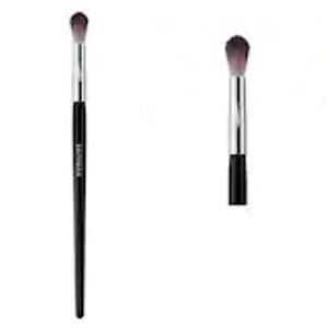PRO Featherweight Crease Brush #38 by Sephora Collection