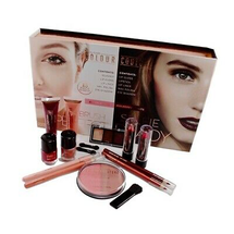 Selfie Ready & Airbrush Perfect 15 Piece Beauty Kit by Color Couture