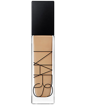 Natural Radiant Longwear Foundation by NARS