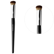 Pro Press Full Coverage Precision Brush #67 by Sephora Collection