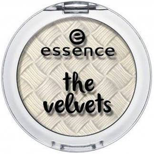 The Velvets Eyeshadow by essence