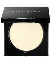 Sheer Finish Pressed Powder by Bobbi Brown Cosmetics