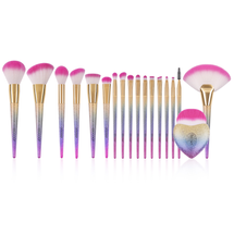 18 Piece Makeup Brushes Foundation Eyeshadow Blending Cosmetic Tool Set by Docolor