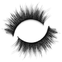 Chloe Lashes by Ace Beauté