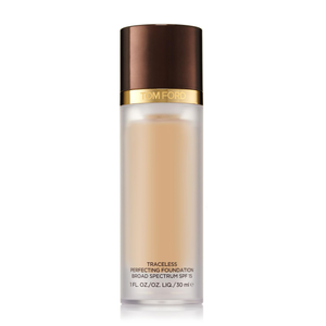 Traceless Perfecting Foundation SPF15 by Tom Ford