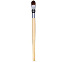 Bamboo Concealer Brush by evelyn iona