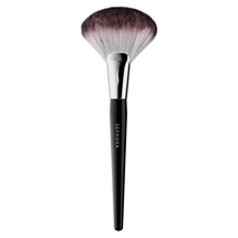Pro Featherweight Fan Brush #92 by Sephora Collection