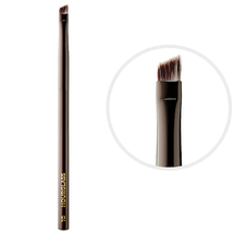 Angled Liner Brush Nº 10 by Hourglass