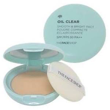 Oil Clear Smooth & Bright Pact SPF 30 by The Face Shop