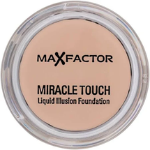 Foundation 45 Creamy Ivory by Max Factor