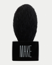 Expert Veil Brush 13 by MAKE Beauty