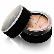 Second To None Semi-Loose Powder by IMAN