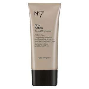 Dual Action Tinted Moisturizer by no7