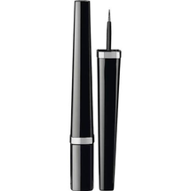 Liquid Eyeliner Intensity Definition by Chanel