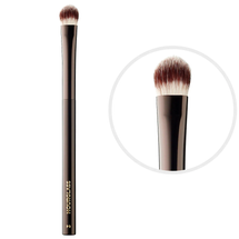 All-Over Shadow Brush Nº 3 by Hourglass