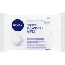 Daily Essentials Sensitive Cleansing Wipes by Nivea