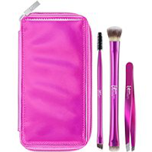 Your Must-Have Travel Brushes For Eyes & Brows 3 Pc Set by IT Cosmetics