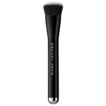 The Shape Contour And Blush Brush No. 15 by Marc Jacobs Beauty