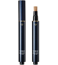 Radiant Corrector For Eyes by cle de peau