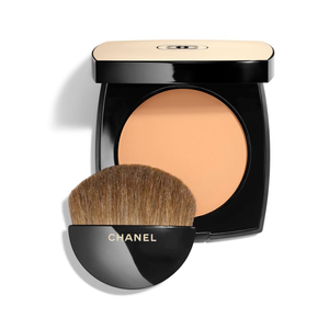 Les Beiges Healthy Glow Sheer Powder SPF 15 by Chanel