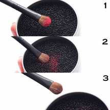 Sponge Cleaner Switch Remover Color From Makeup Brushes by Zodaca