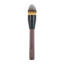 The Foundation Brush by Kevyn Aucoin