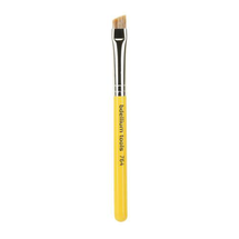 Travel Line Bold Angled Brush Brow 764 by bdellium tools