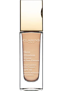 Skin Illusion Natural Radiance Foundation by Clarins