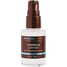 Mattifying Primer by mineral fusion