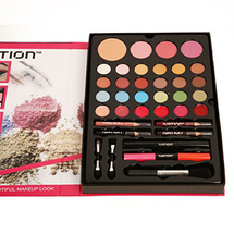 Makeup Palette by ivation