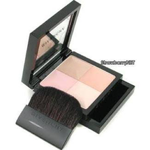 Prisme Visage Perfecting Face Powder by Givenchy
