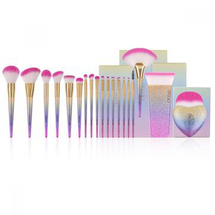 Fantasy Collection - 19 Piece Makeup Brush Combination by Docolor