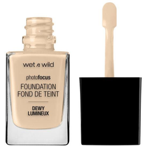 Photo Focus Dewy Foundation by Wet n Wild Beauty