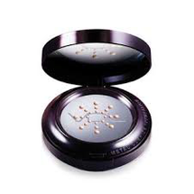 Expert Metal Cushion Foundation SPF50+ by VDL
