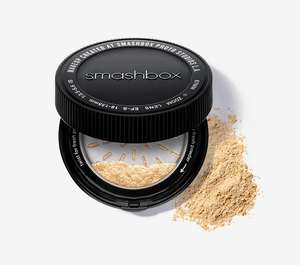 Photo Finish Fresh Setting Powder  by Smashbox