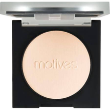 Luminous Translucent Pressed Powder by motives