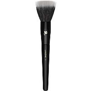 Synthetic & Natural Bristled Highlighting Brush by Lancôme