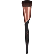 740 Finishing Contour Brush by luxie