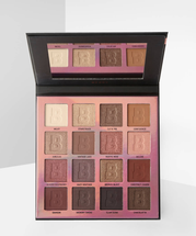 EYN Berry 16 Color Palette by Beauty Bay