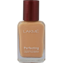 Perfecting Liquid Foundation by lakme