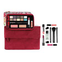 Makeup On the Move Collection by Elizabeth Arden