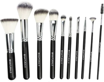 Signature Brush Collection by Au Naturale